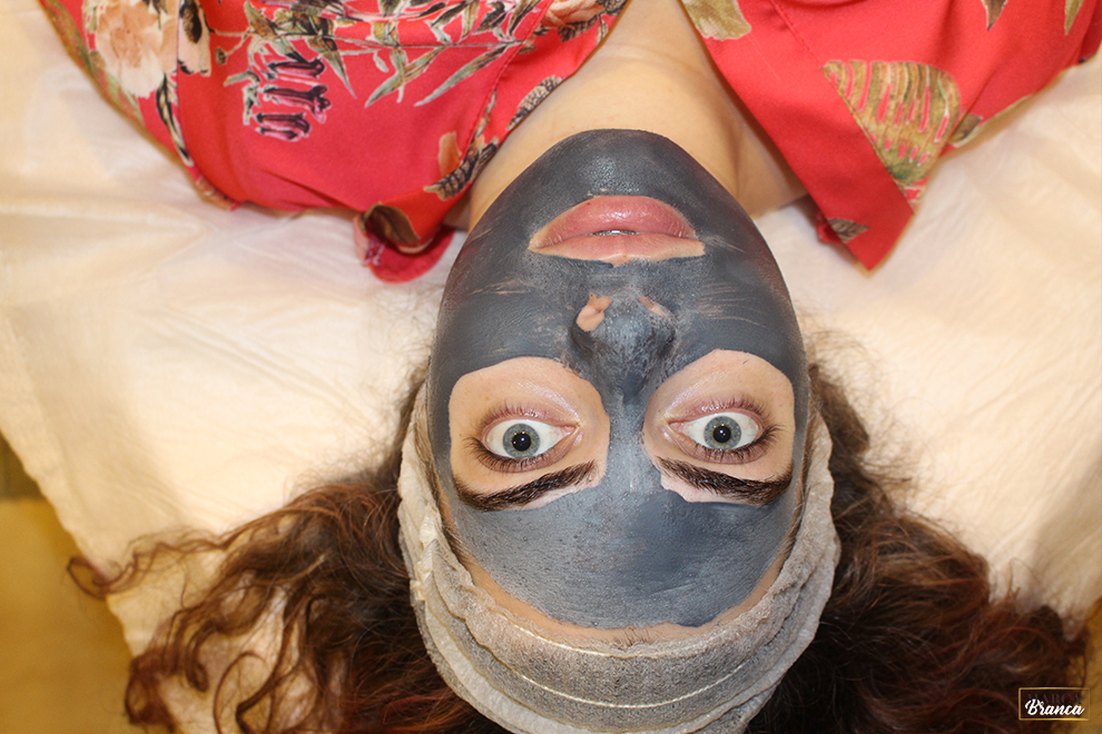 máscara de carvão