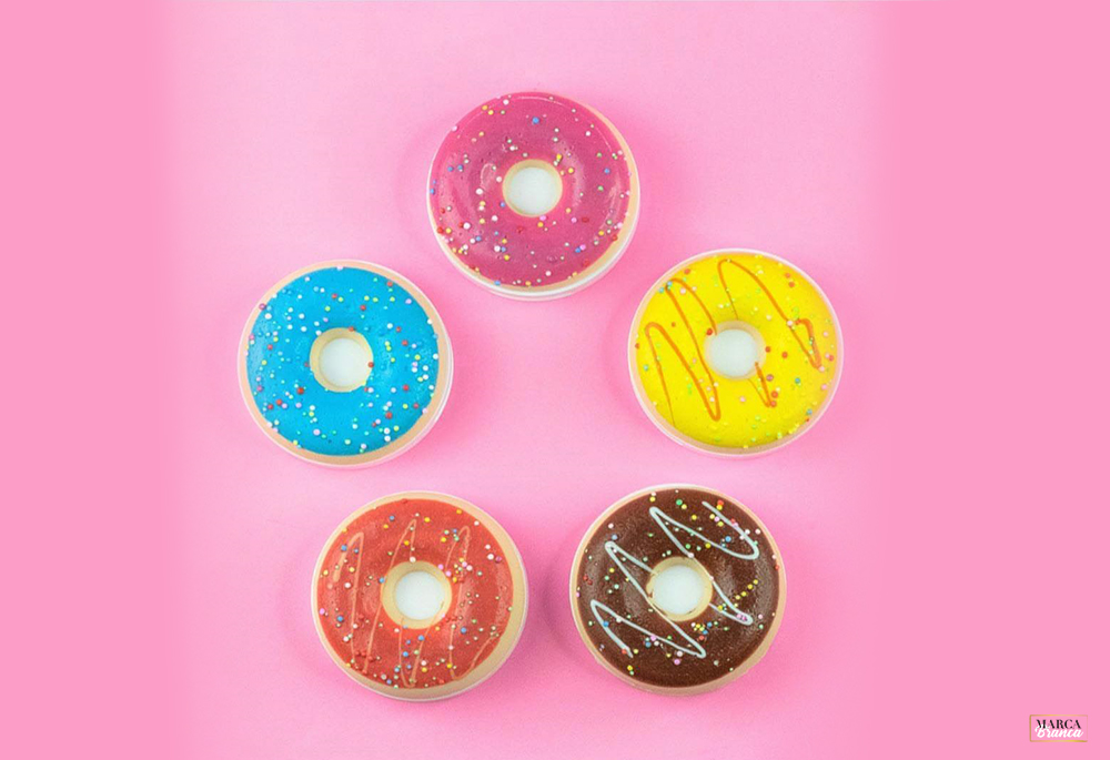 Donuts Revolution Makeup